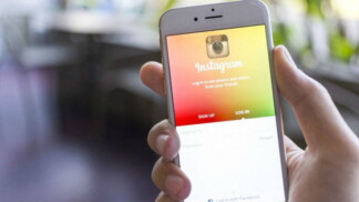 Instagram experienced a one-hour outage around the world