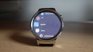 Huawei Watch is now rolling out Android Wear 2.0 update