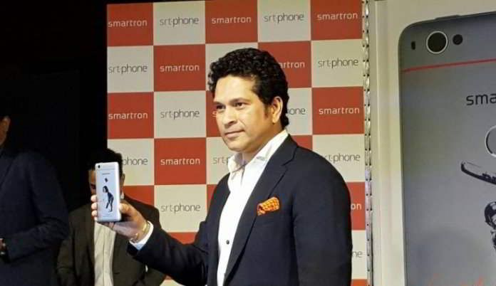 Sachin Tendulkar and Smartron launches the srt.phone in India for Rs 12,999