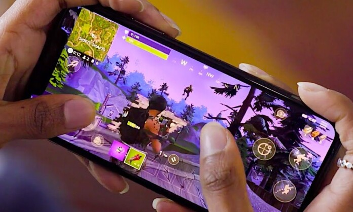Play Fortnight Battle Royale on iOS