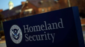 Millions of US Smartphones with Security Vulnerabilities Discovered by Homeland Security
