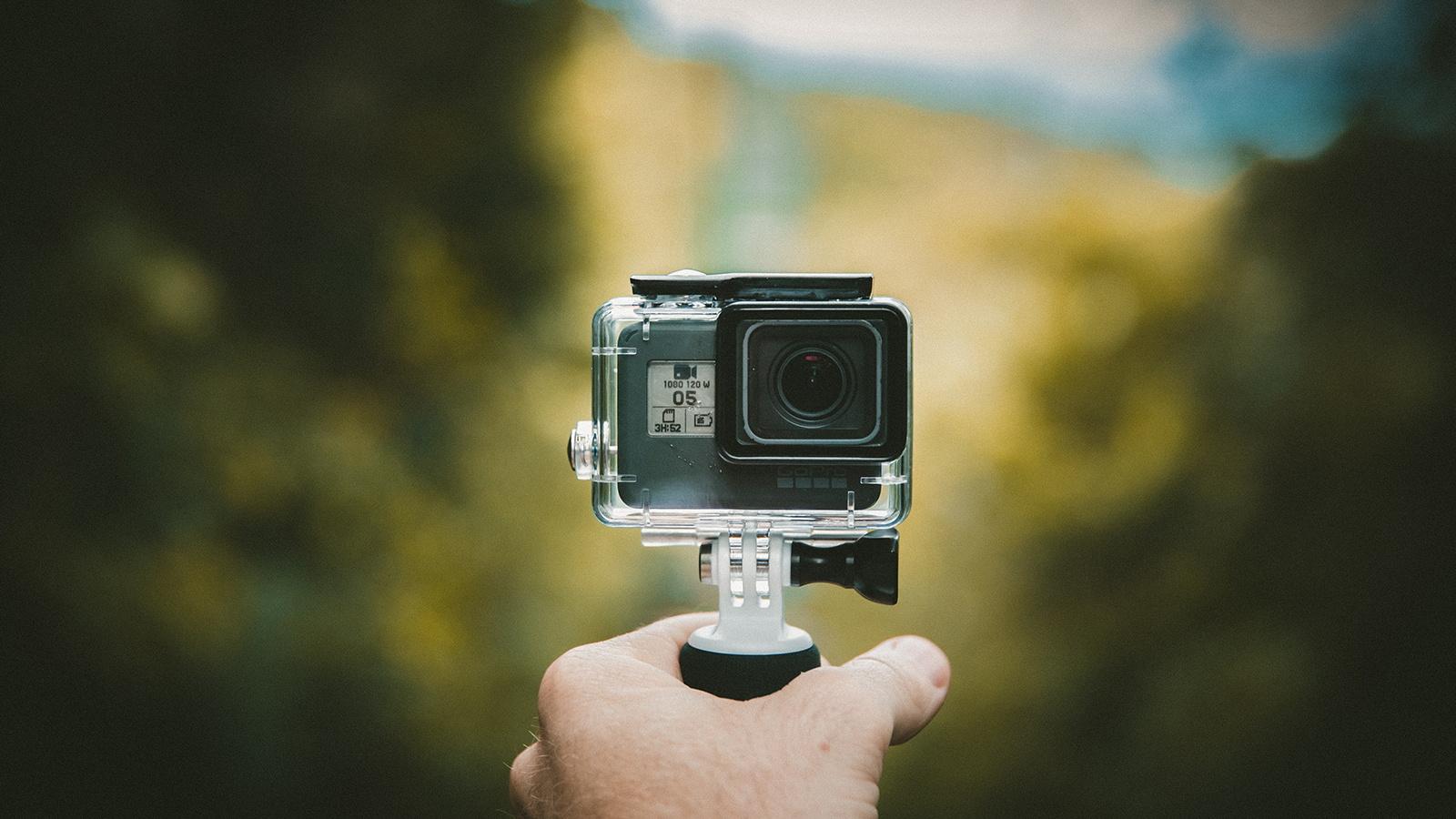 molodie-anal-snimaet-na-svoyu-kameru