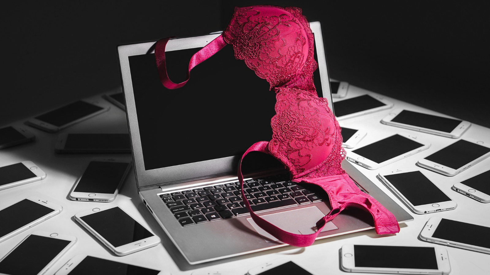 Sextortionist Hacked Miss Teen USA For Nude Pics: LAist