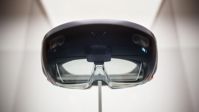 Microsoft May Launch Its HoloLens 2 at MWC 2019