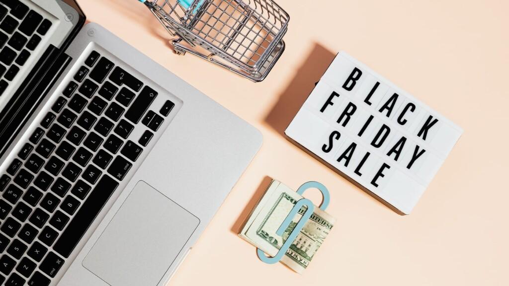 Black Friday Shopping Sale Photo