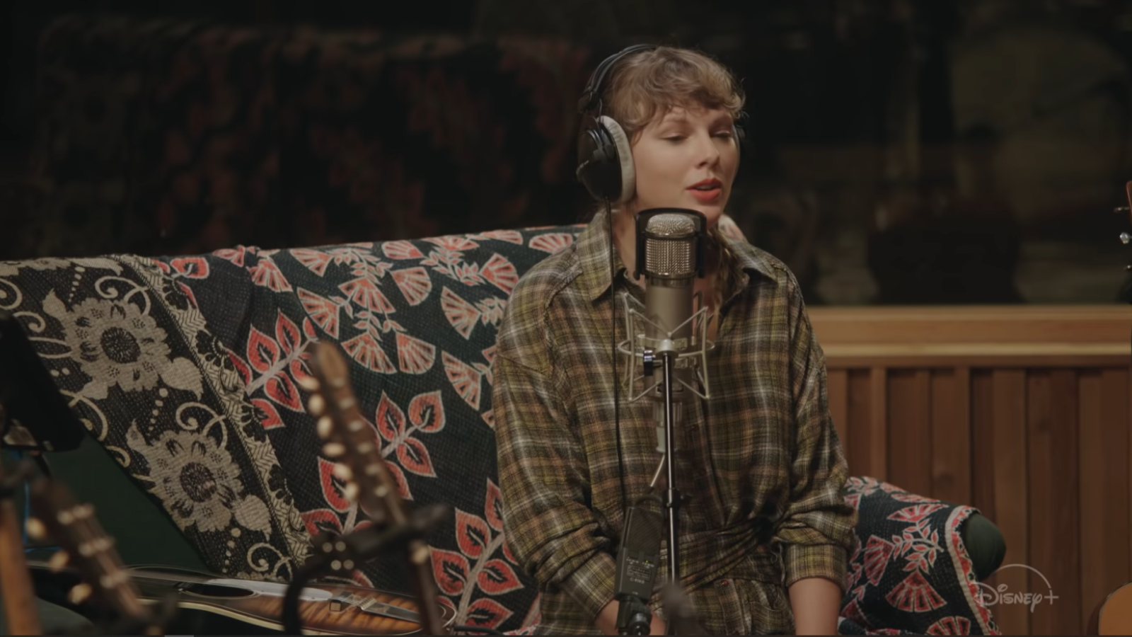 How To Watch Taylor Swift S Folklore The Long Pond Studio Session Technadu